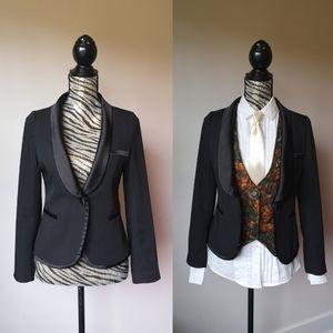 SALE! Tuxedo style blazer